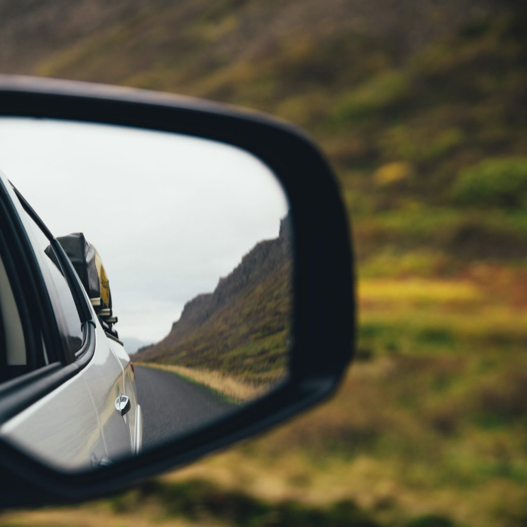 inscriptionare oglinzi auto
